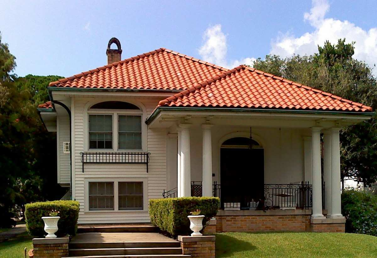 Clay eagle roofing for Clay tile roofs